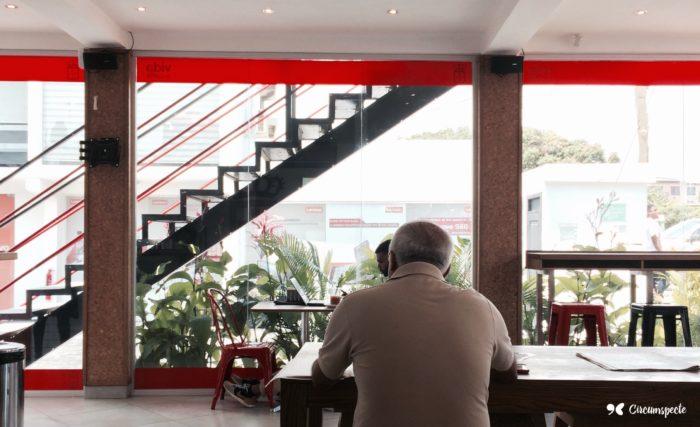 vida-e-cafe-labone-ghana-coffee-shop